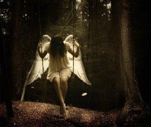 3_Libras___Fallen_Angel_by_Velouria_Designs